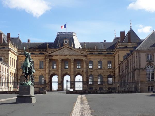 Palais de Lunéville . Cour d'honneur - 08 mars 2018