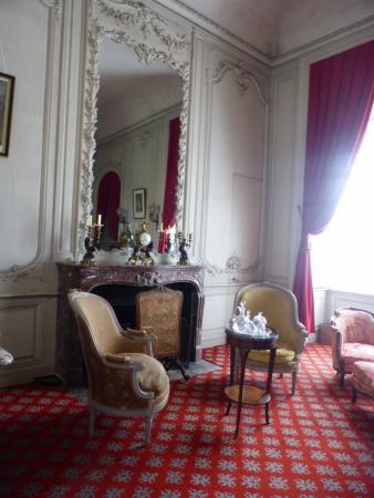 Chateau De Serrant Castle Chateau Saint Georges Sur Loire 49170