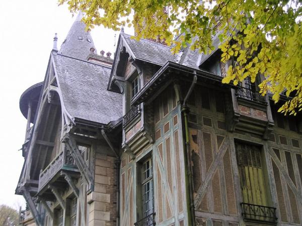 des colombages de maison normande