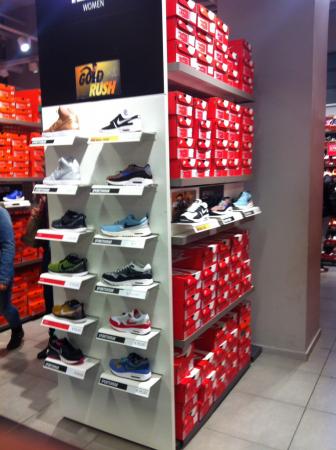 Nike Factory Store Sportswear – Streetwear Mulhouse (68100)
