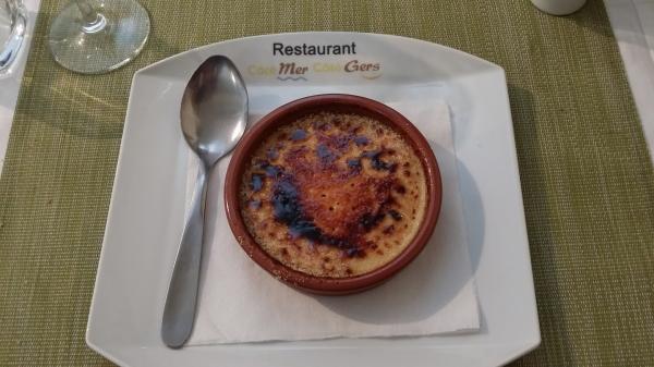 le dessert local la crème cathalane