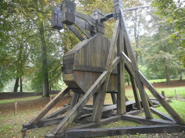 Parc du château - Le trébuchet