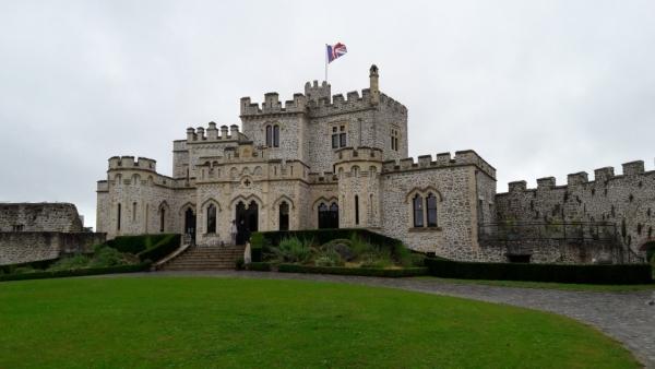 Vue générale du château depuis la cour intérieure