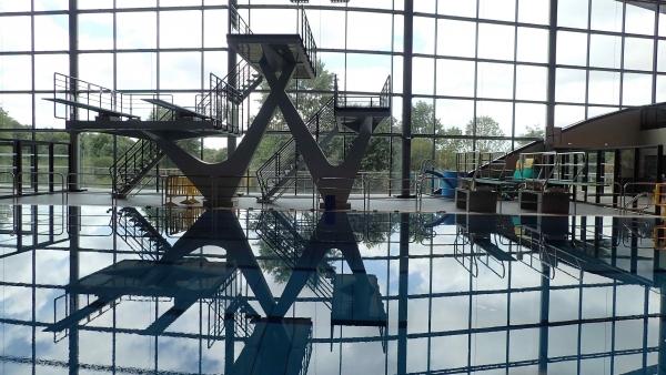 LIMOGES (87) - Fosse à Plongeon du centre aquatique L'Aquapolis