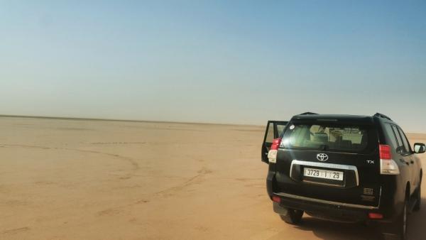 notre 4X4 dans le désert de Chigaga
