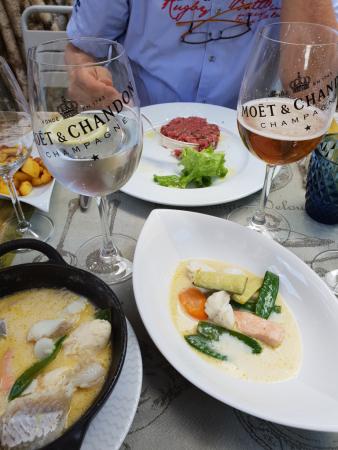 Perrier et Bière au tarif du Champagne !