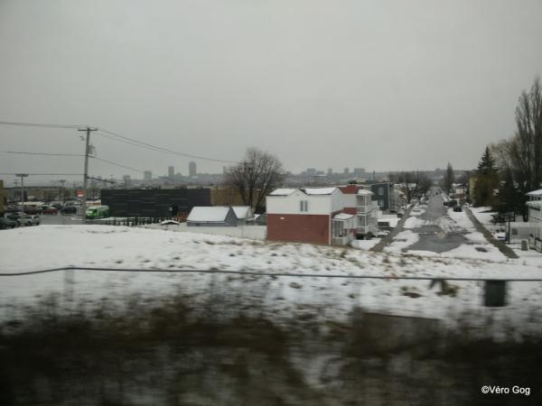 Paysage vu du train en roulant ...