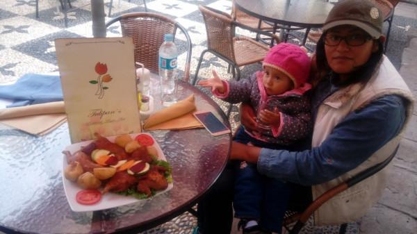 On a bien passé notre séjour a Puno sourtout on a gouté les bons plats typicament péruviens au sein du restaurant Tulipans qu il est bien noté a Jiron Lima pas loin du lac Titicaca. On vous conséil d y aller soit par vous méme ou avec ses amis