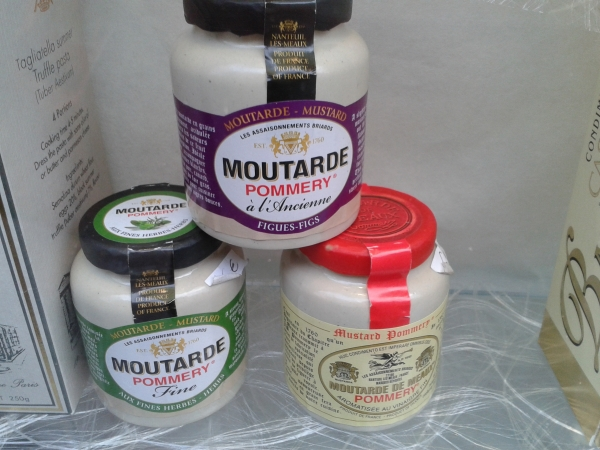 Eh oui, la moutarde de la ville des bords de Marne se trouve chez Françoise, Pommery.