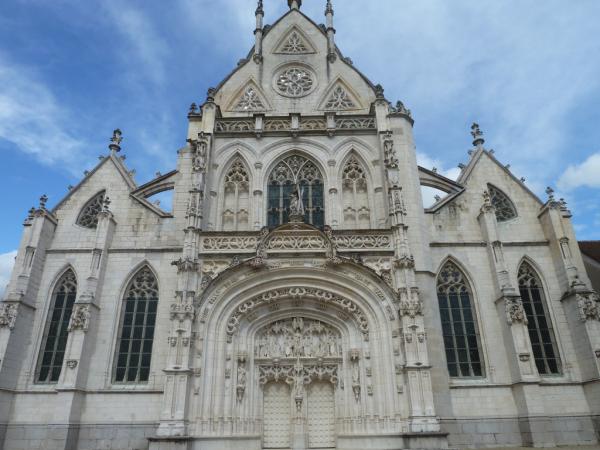 Façade du monastère