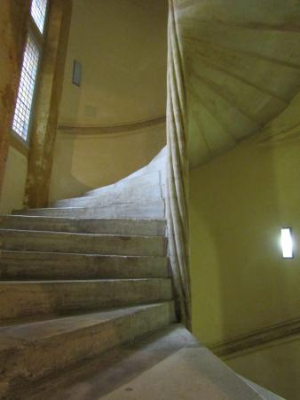 Escaliers du musée