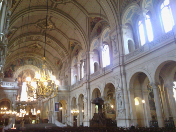 Intérieur de l'église de la Trinité