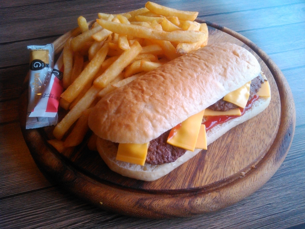 cheese frite soda 6.00