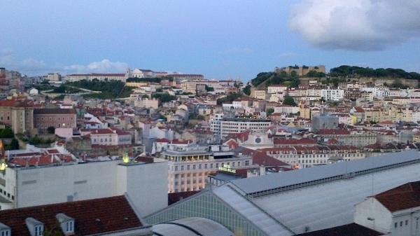Vue sur le château et la ville basse