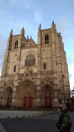 Façade de la cathédrale