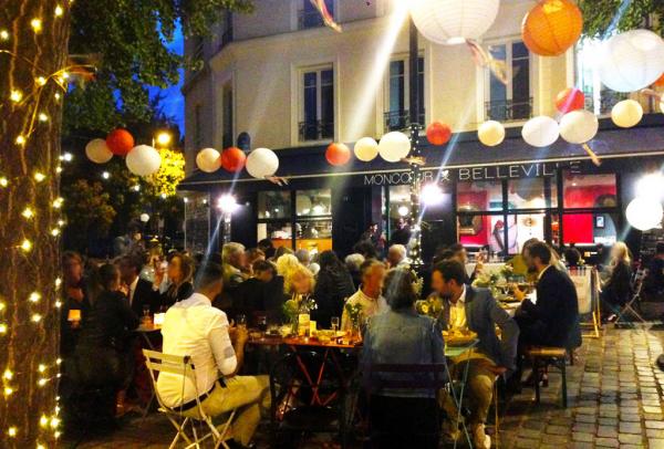 comme une petite place de village mais en plein Paris