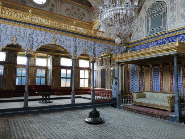 Chambre du sultan dans le harem