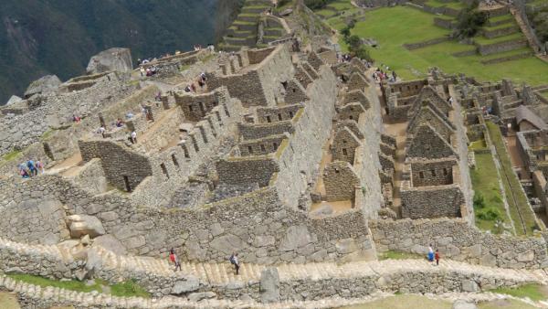 ruines bien conservées. A voir aussi avec le musée du Macchu Pichu à Cusco.