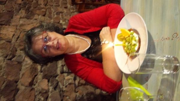 La tartelette de kiwi avec la bougie ;-)