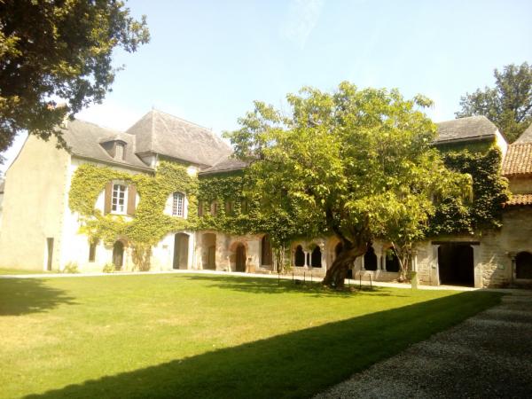 L'Abbaye sous le soleil
