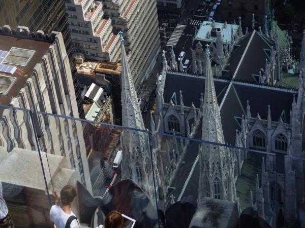 photo de la cathédrale St Patrick prise de top of the rock