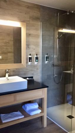 Salle d'eau grand confort