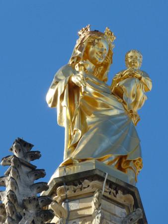 très belle statue