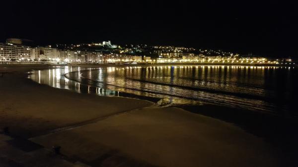 Concha de San Sebastian la nuit, octobre 2019.