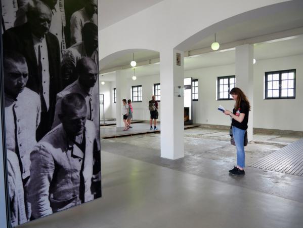 une des nombreuses salles du camp reconvertie en musée