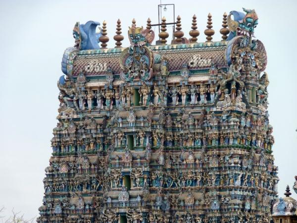 Détails d'un gopuram (porte d'entrée)