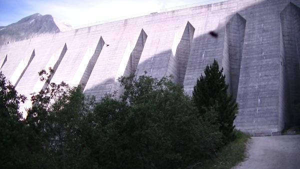 La barrage d'Amont