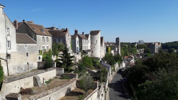 Vue générale de la ville fortifiée