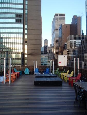 Terrasse sur le toit du pod 51