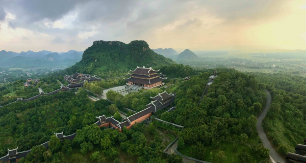 La Pagode Bai Dinh, la plus grande pagode du Vietnam à Ninh Binh.