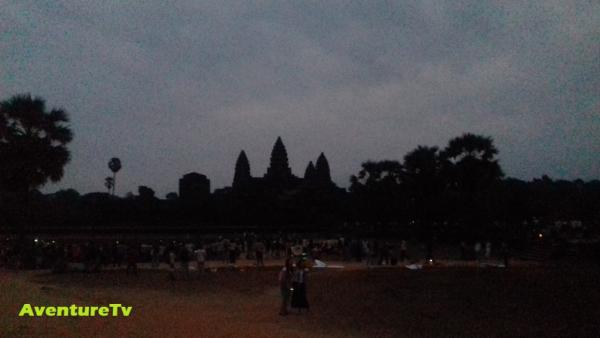 Levé du jour sur Angkor Wat