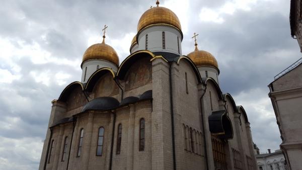 Une des églises à l'intérieur de l'enceinte du Kremlin.