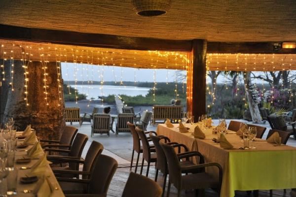 Restaurant panoramique sur le delta