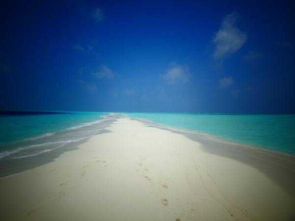 le ruban de sable blanc