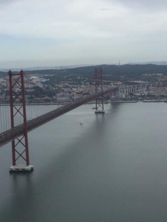 pont du 25 avril depuis le parc du Cristo Rei
