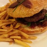 hamburger ariégeois : foie gras, magrets et gésiers