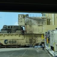 La table de lancement d'Ariane, encore en place quelques jours après le décollage.