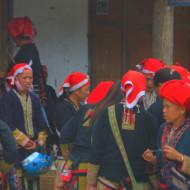 Femmes Daos rouges à Ta Phin