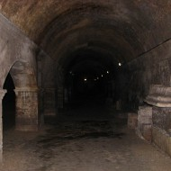 cryptoportiques d'Arles