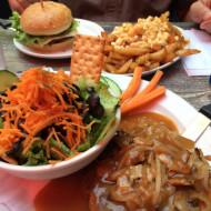 la poutine classique et burger