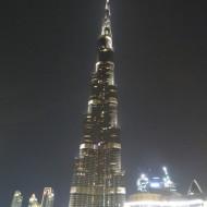 spectacle fontaine au pied de la burj khalifa: magnifique de nuit!