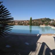 Chalet et piscine du domaine Saint Estève