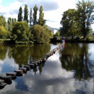 Passage sur la riviere au retour du Pont Romain