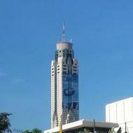 La tour vue de l'extérieur