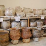 amoncellement de céramiques sans explication car le musée archéologique va être agrandi