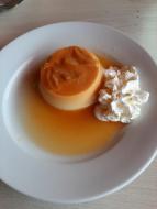 Le flan au caramel aux pommes au menu du jour de l'Hôtel-Restaurant le Lion d'Or à Rocamadour